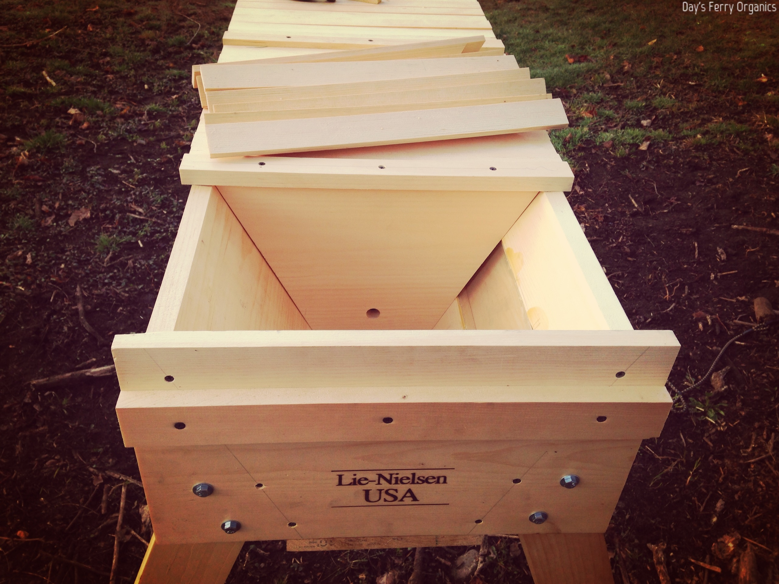 a hivetop hive llfarms your feeders steemit img building for bee beehive feeder woodworking